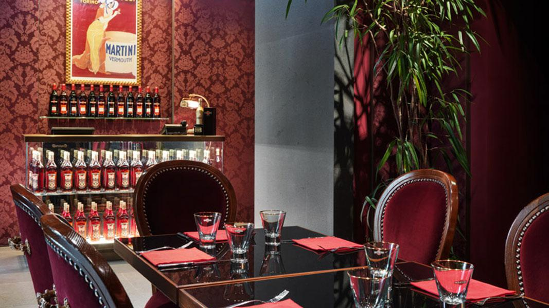 dolce-gabbana-bar-martini-